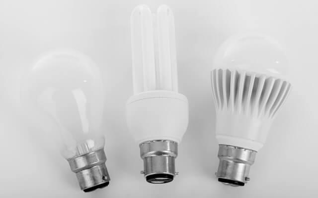 白熱電球と蛍光灯とLED電球