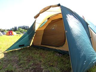 キャンプ用テント2