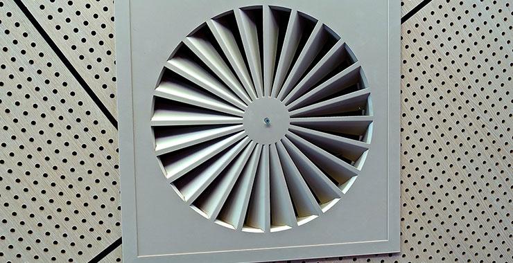 プロペラ式換気扇