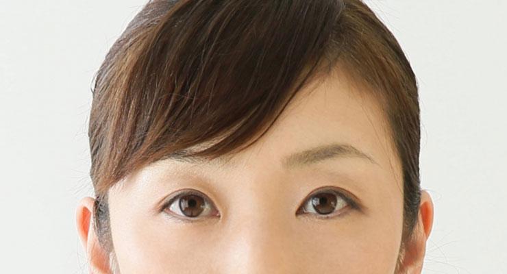 日本人女性のまぶた