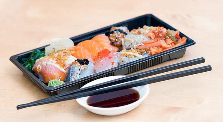 寿司と醤油2