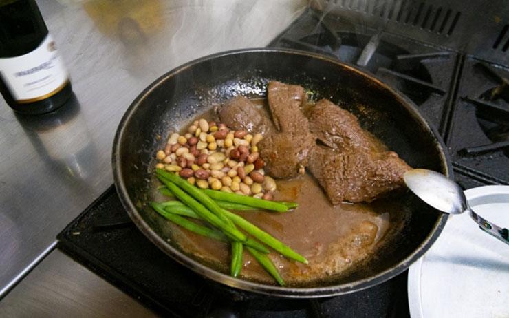 お肉の料理
